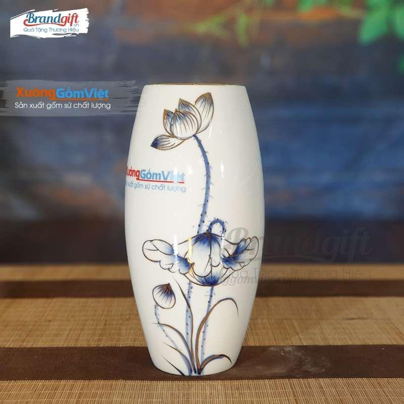 Lọ hoa sứ trắng vẽ tay họa tiết hoa sen