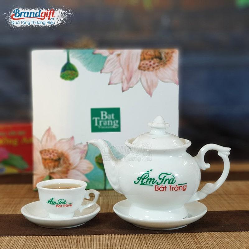Bộ trà sứ trắng kèm hộp quà