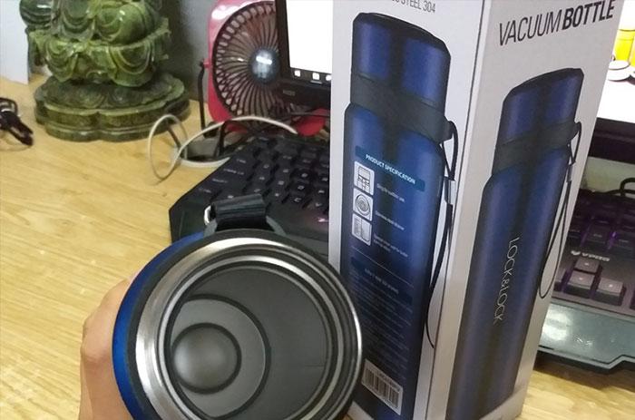 binh-giu-nhiet-locklock-vacuum-bottle-lhc6180fu-800ml-mau-xanh-10